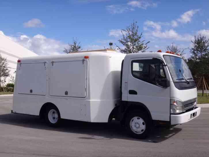 Sterling 360 COE Pesticide Lawn Care Spray Truck (2007)