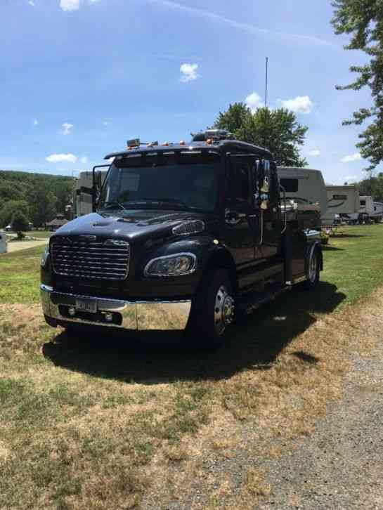 Freightliner M2 2007 Medium Trucks