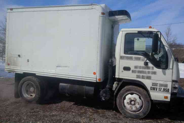2007 W5500 10ft Refrigerated 3515