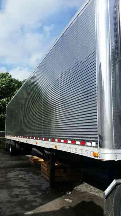 Used Bucket Trucks For Sale >> great dane (2008) : Sleeper Semi Trucks