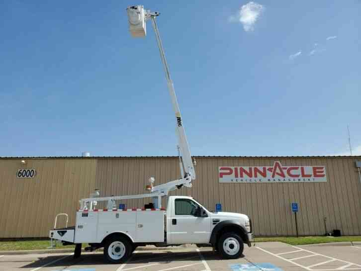 Ford F-450 ALTEC AT200A 35' BUCKE TRUCK WITH INVERTOR (2008)