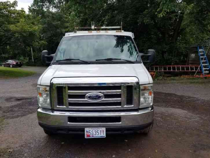 Ford E350 Ford (2008)