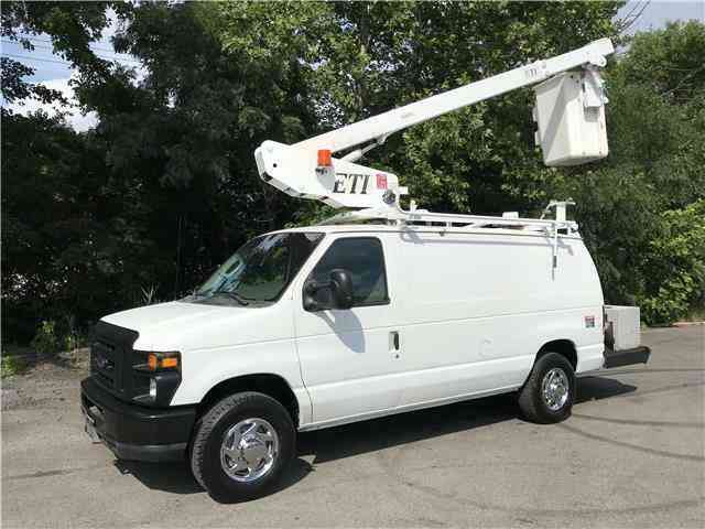 Ford E350 35ft BUCKET TRUCK Commercial Econoline Cargo (2008)