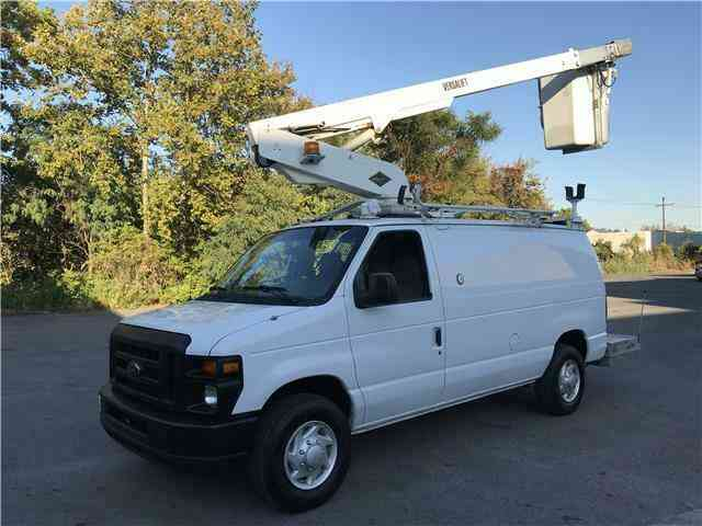 Ford E350 35ft BUCKET TRUCK Commercial Econoline (2008)