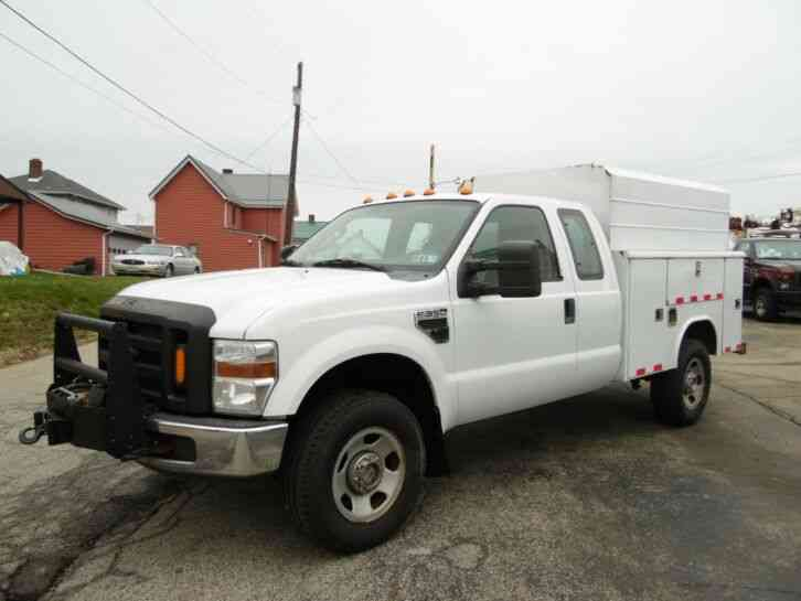 Ford F-350 SERVICE BED UTILITY TRUCK 4X4 5. 4 GAS (2008)