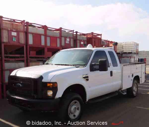 Freightliner Mt55 2002 Utility Service Trucks