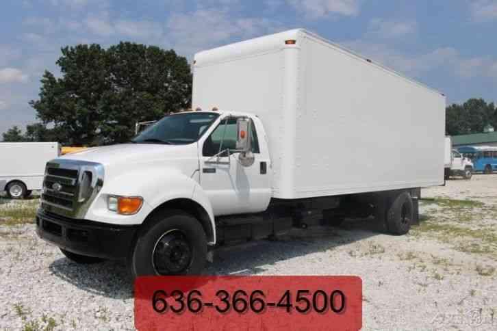 Chevrolet C3500 1999 Van Box Trucks