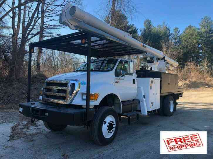 Ford F750 4X4 Altec 75' Elevator Bucket Truck (2008)