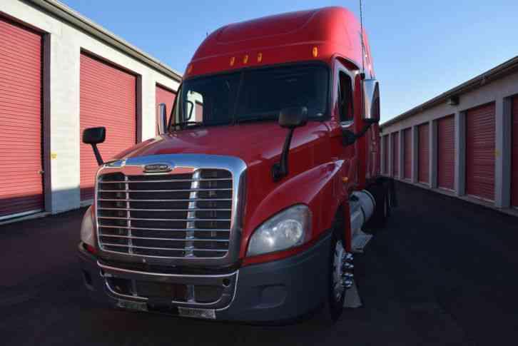peterbilt 389L (2011) : Sleeper Semi Trucks
