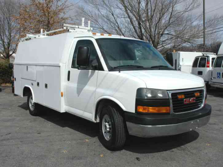 gmc enclosed utility service van savana 3500 2008. Black Bedroom Furniture Sets. Home Design Ideas