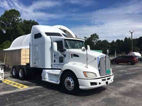 Kenworth T660 Aerodynamic Raised Roof (2009)
