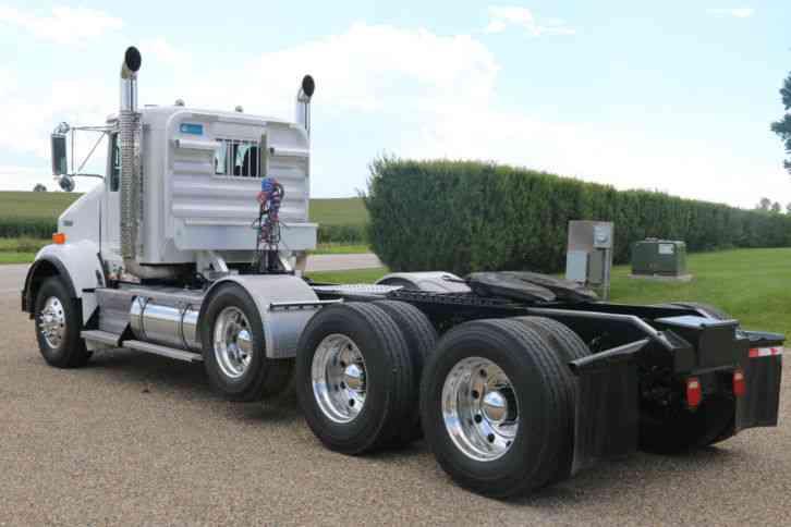 Kenworth T800 (2008) : Daycab Semi Trucks