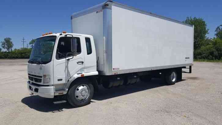 UD Mitsubishi Fuso Moving Delivery Freight FK260 Cabover 26ft Under CDL 26ft Box Very Clean (2008)