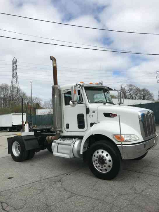 peterbilt 335  2008    daycab semi trucks