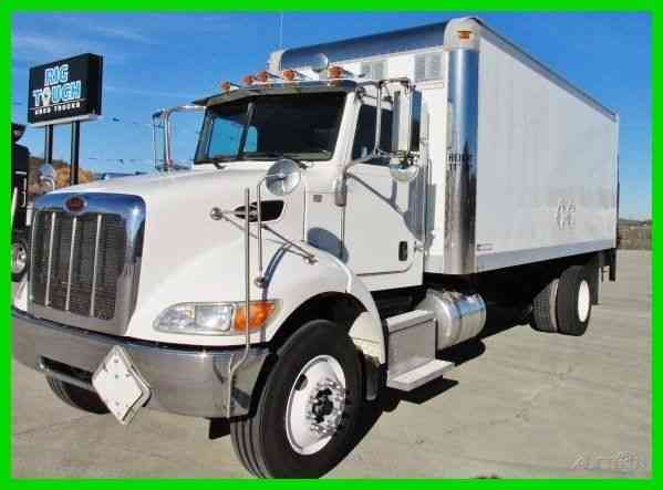 Peterbilt 335 2008 Van Box Trucks