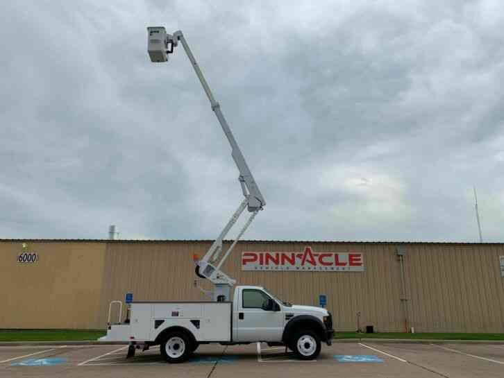 Ford Super Duty F-550 HI-RANGER BUCKET TRUCK (2008)