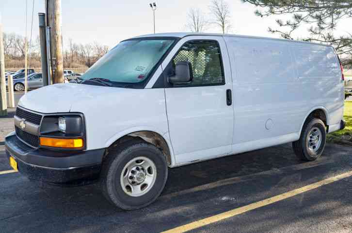 Chevrolet 2500 Cargo Van 2009 Van Box Trucks