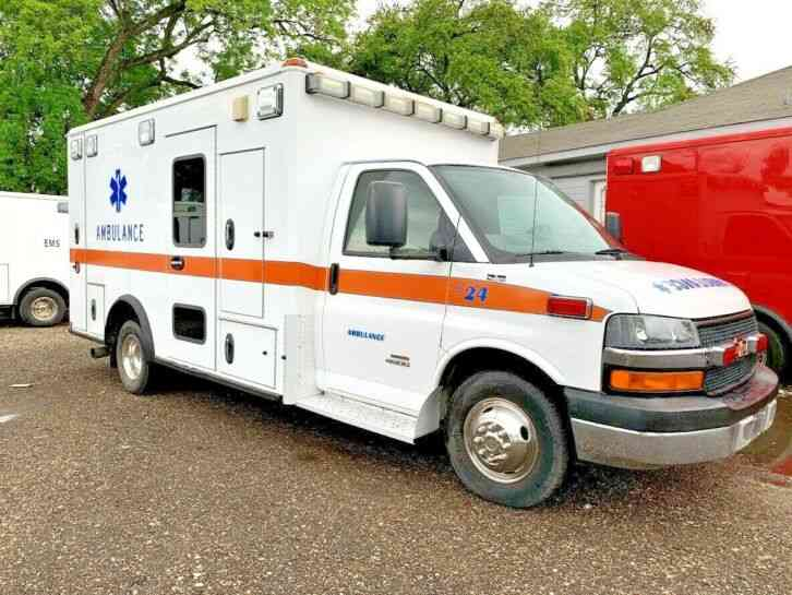 CHEVY AMBULANCE (2009)