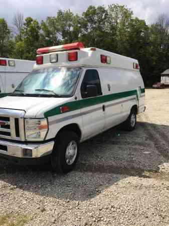 Ford E-350 (2009) : Emergency & Fire Trucks