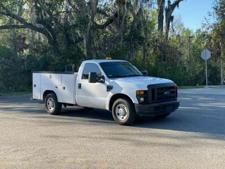 Ford F250 UTILITY TRUCK (2009)