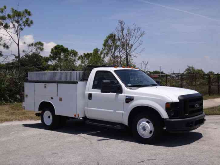 Ford F350 Super Duty Service Utility Truck (2009)