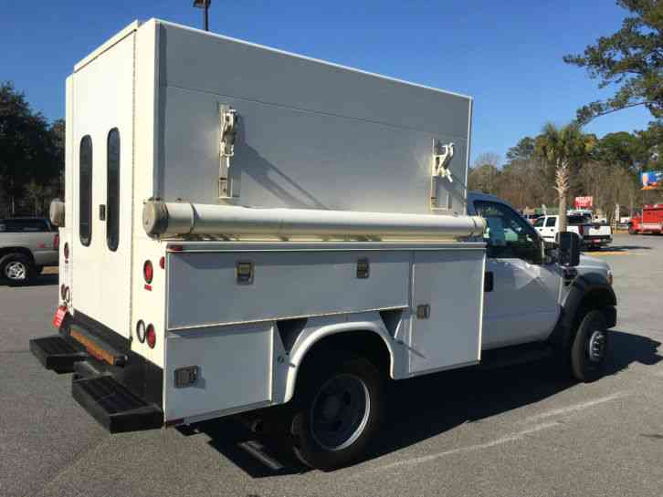 Ford F450 XL V-10 6. 8L (2009) : Utility / Service Trucks