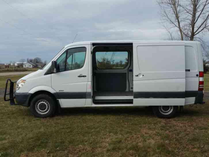 Used Passenger Vans For Sale >> Freightliner Sprinter (2009) : Van / Box Trucks