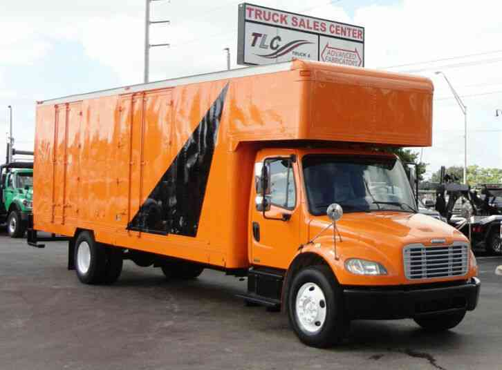 Freightliner BUSINESS CLASS M2 106 26FT MOVING BOX TRUCK WITH PEAK ATTIC (2009)