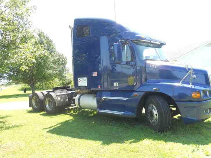 Freightliner Century 2009 Daycab Semi Trucks