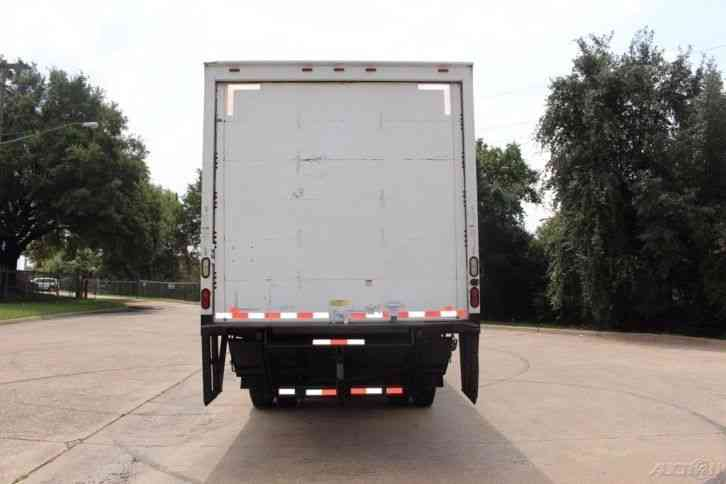 Texas Diesel Trucks >> Freightliner m2 26 foot box (2009) : Van / Box Trucks