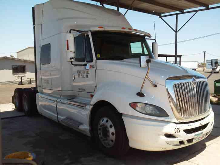 International ProStar Premium (2009) : Sleeper Semi Trucks