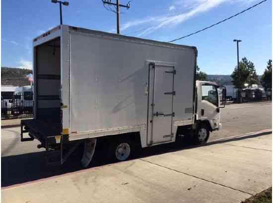 Isuzu NPR-HD Side Door 14ft Box Truck with Liftgate (2009)