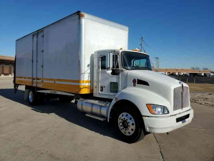 Kenworth Box Moving Truck T270 Under CDL 102K Miles (2009)