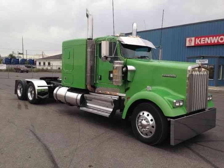 Kenworth 2009 Daycab Semi Trucks