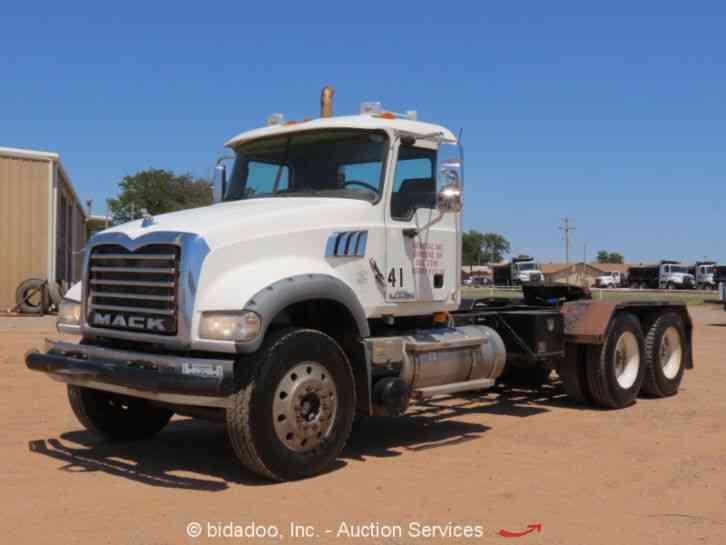 Mack Trucks Automatic : Mack gu daycab semi trucks