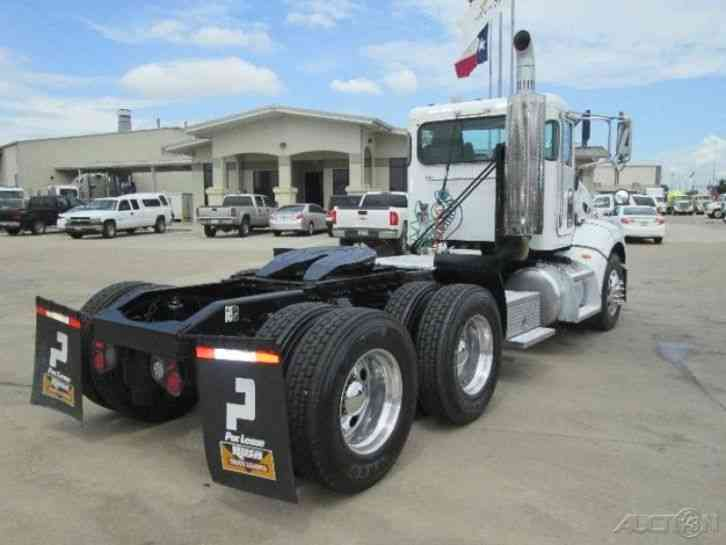 Freightliner Tractor Weight : Peterbilt  daycab semi trucks