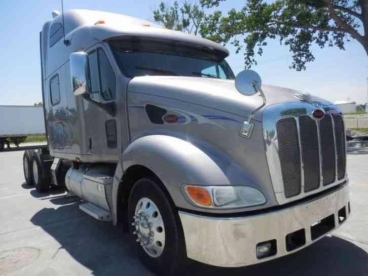 Peterbilt 387 (2009) : Sleeper Semi Trucks