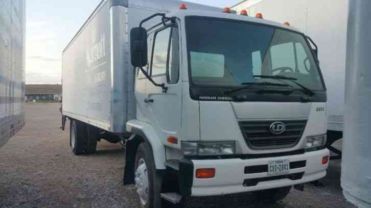 UD 2600 (2009) : Van / Box Trucks