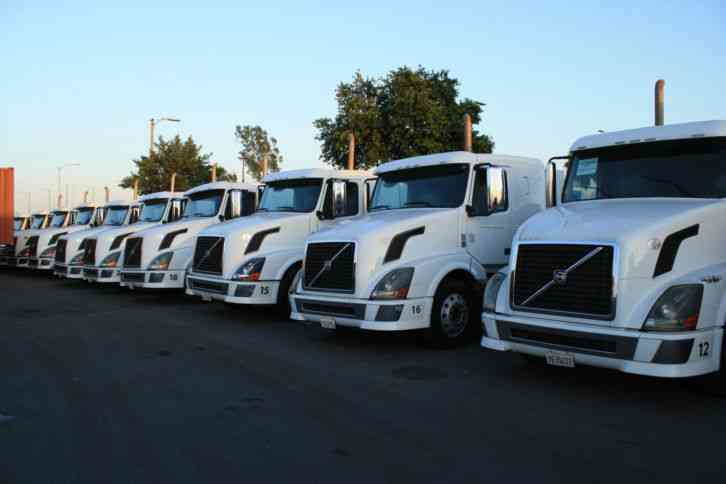 Ford L9000 Coe Trucks