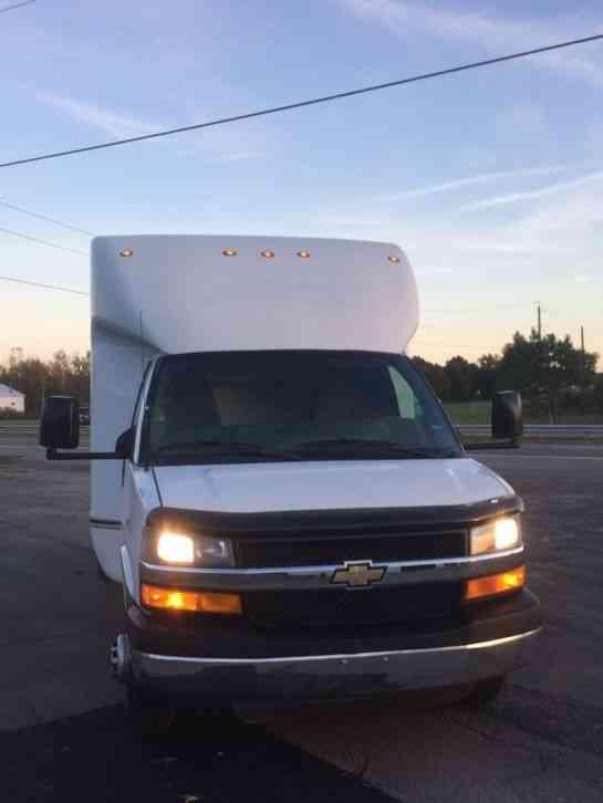 Chevrolet 4500 (2010) : Van / Box Trucks