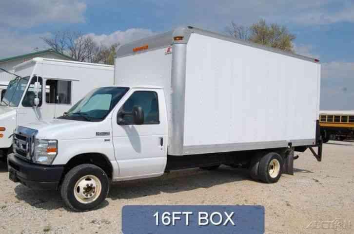 Ford E450 2010 Van Box Trucks