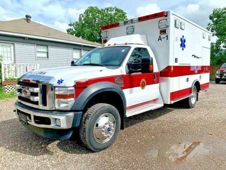 FORD AMBULANCE (2010)