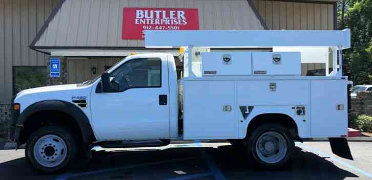Ford F450 Service Body with Tommy Lift (2010)