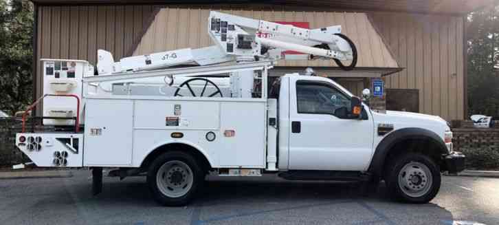 Ford F550 Powerstoke Diesel 4x4 Altec Bucket Truck (2010)