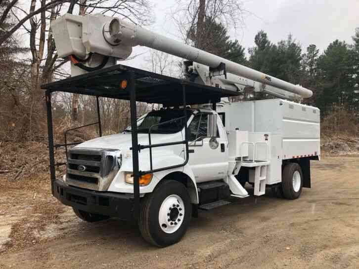 ford f750 Altec 61' Under CDL Forestry Bucket Truck (2010)