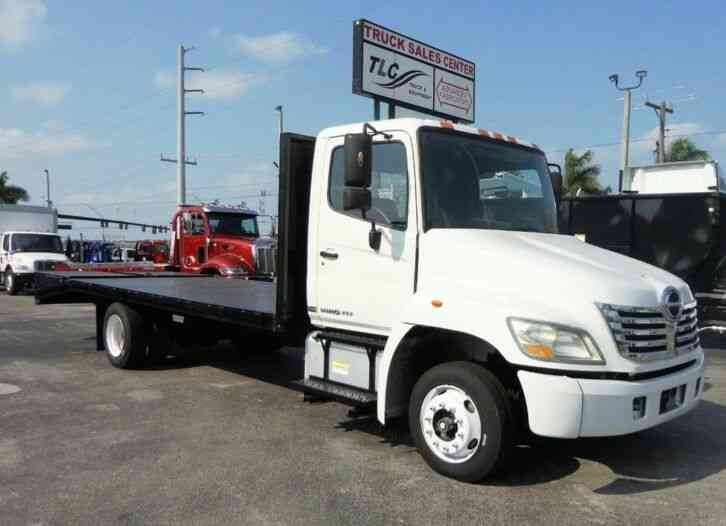 HINO 258ALP 21FT BEAVER TAIL, DOVE TAIL, RAMP TRUCK, EQUIPMENT (2010)
