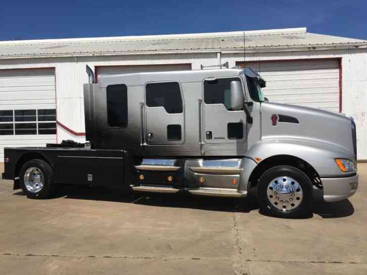 Kenworth T660 2010 Sleeper Semi Trucks