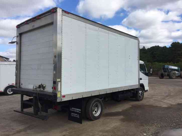 Mitsubishi Fe Refrigerated Box Truck on Tow Truck Catalytic Converter