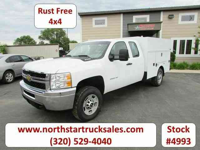 Chevrolet 2500HD 4x4 Service Utility Truck -- (2011)