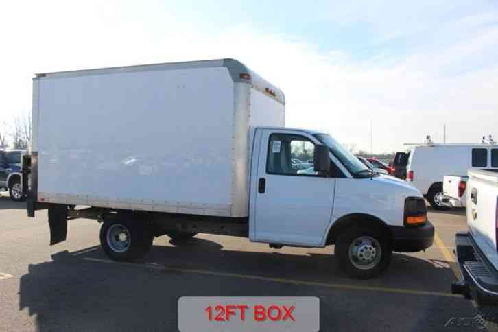 Chevrolet 3500 12 Ft Box Liftgate Cargo Delivery Cube Work